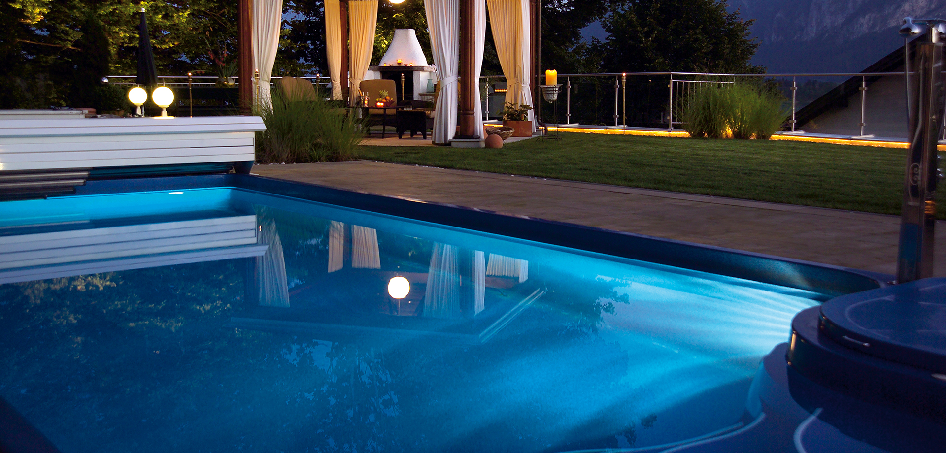 Pool Builders Dallas - Award Winning Pool Builder in Dallas